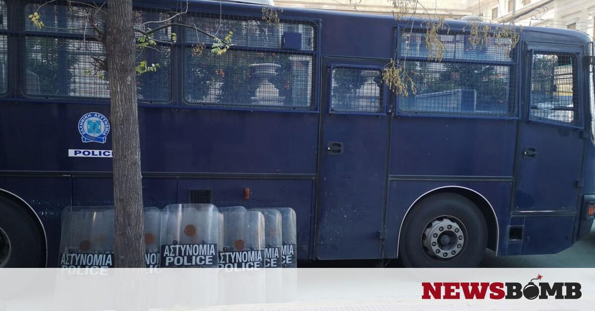 ΕΛ.ΑΣ.: Απαγόρευση συναθροίσεων για μια εβδομάδα σε όλη τη χώρα – Newsbomb – Ειδησεις