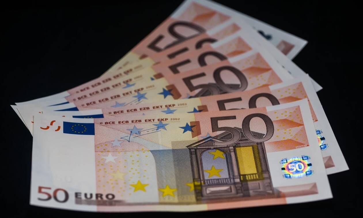 Αναδρομικά συνταξιούχων: Το διπλό σχέδιο για επικουρικές και δώρα - Ποιοι θα πάρουν έως 3.396 ευρώ