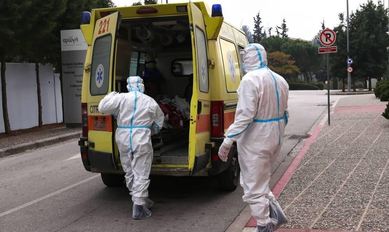 Κορονοϊός - Προειδοποίηση Καπραβέλου: «Ασφυξία» στις ΜΕΘ αν φτάσουμε πάλι τα 3.000 κρούσματα