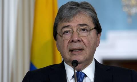 Κορονοϊός στη Κολομβία: Τριήμερο «εθνικό πένθος» για να τιμηθεί η μνήμη του υπουργού Άμυνας