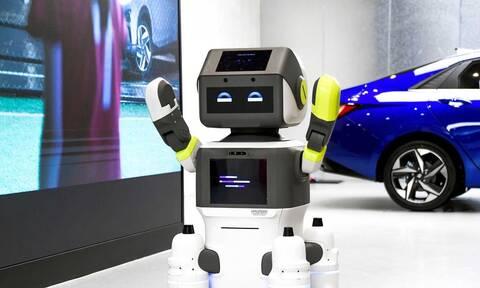 Έρχονται τα ρομπότ-πωλητές στις εκθέσεις αυτοκινήτων