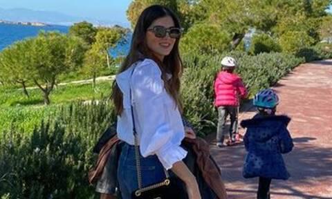 Δείτε την υπέροχη φώτο που δημοσίευσε η Σταματίνα Τσιμτσιλή με τις κόρες της