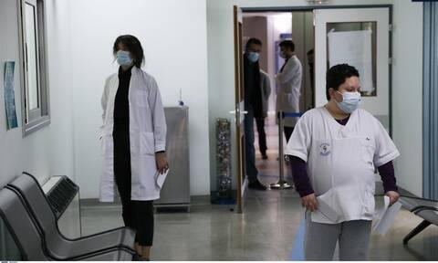 Κορονοϊός: Νέα αύξηση κρουσμάτων των μεταλλαγμένων στελεχών φοβούνται οι λοιμωξιολόγοι