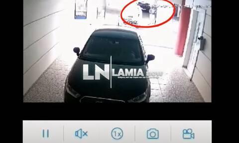 Λαμία: Κάμερα έπιασε στα... πράσα θρασύτατο κλέφτη - Πώς ξάφρισε οδηγό βυτιοφόρου