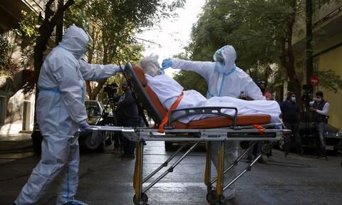 Κορονοϊός - Λαζανάς: «Ο ιός είναι εδώ, αν δεν προσέξουμε θα έχουμε έκρηξη όπως τον Νοέμβριο»
