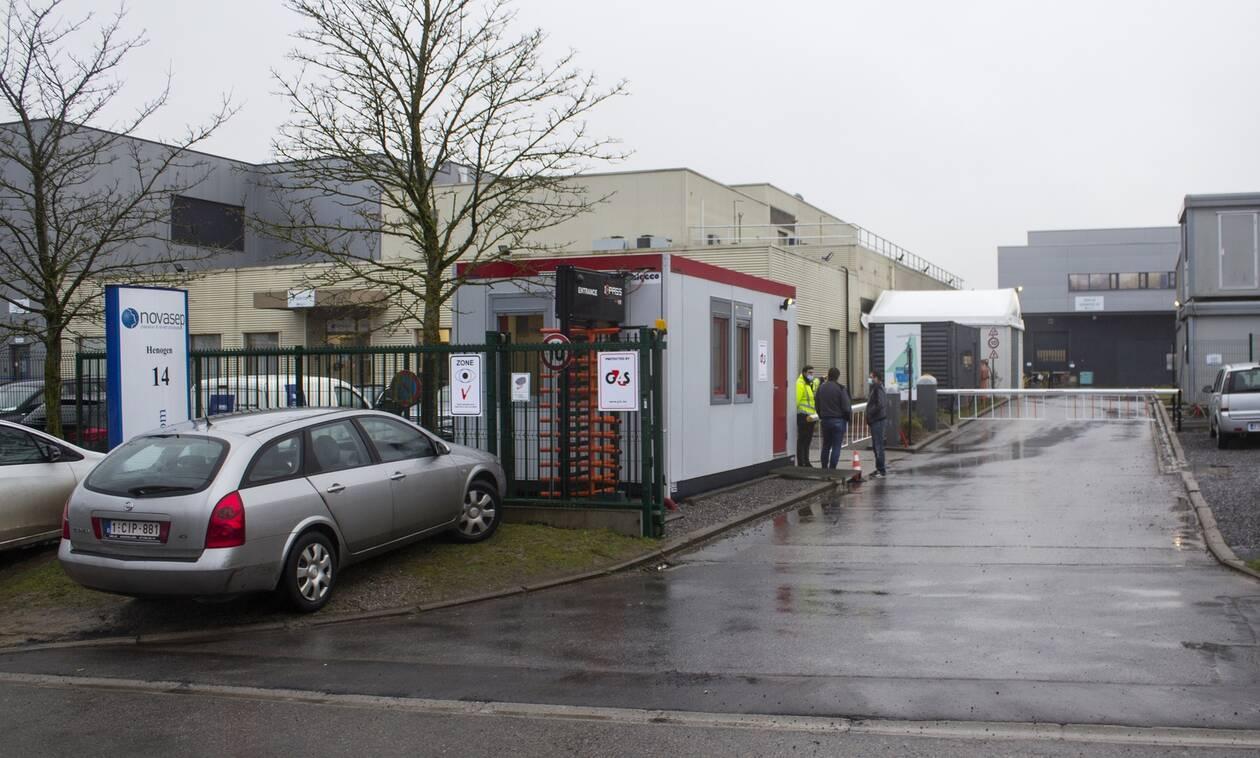 Ευρωπαϊκή Ένωση για AstraZeneca: Θα συνεχίσουμε τις επαφές μετά την έφοδο στο εργοστάσιο