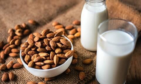 Ποιες είναι οι τροφές που πρέπει να περιορίσετε ανάλογα με την ηλικία σας
