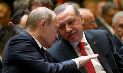 Οργή Πούτιν για Ερντογάν: Η Τουρκία συνεργάζεται στρατιωτικά με το Κίεβο