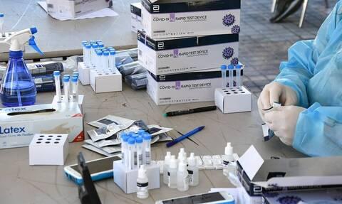 Δημοσκόπηση Pulse: Ανησυχία για τις μεταλλάξεις - 7 στους 10 δηλώνουν ότι θα εμβολιαστούν