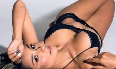 Πάμελα Χιγκίτα: Η κόρη του θρυλικού τερματοφύλακα παίζει... μεγάλη μπάλα! (videos+photos)