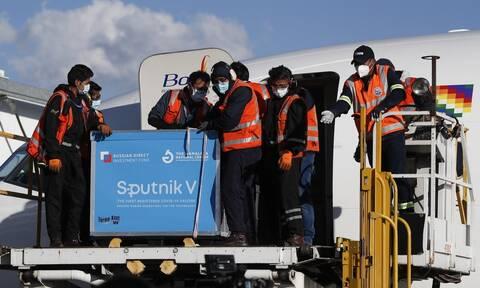 Κορονοϊός: Έφθασε στη Βολιβία η πρώτη παρτίδα 20.000 δόσεων του ρωσικού εμβολίου Sputnik V