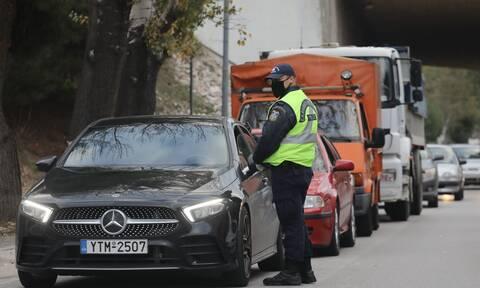 Απαγόρευση κυκλοφορίας: Lockdown από τις 6 το απόγευμα στην Αττική «βλέπει» ο καθηγητής Σύψας