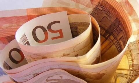 Στο... ταμείο 1 εκατομμύριο εργαζόμενοι: Πότε πληρώνονται αναστολές και «Συν-Εργασία»
