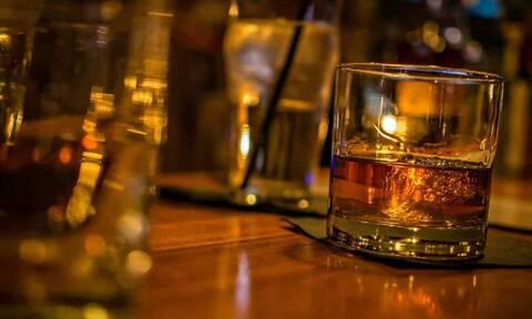 Τραγωδία: Νεκρός 15χρονος από υπερβολική κατανάλωση αλκοόλ