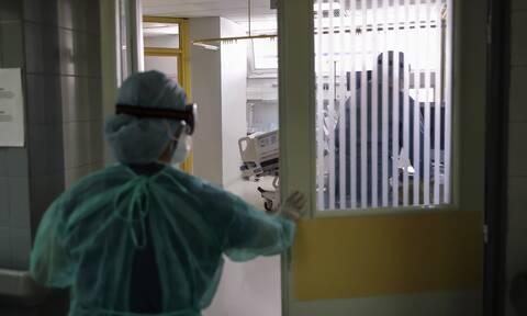 Κορονοϊός: Συναγερμός σε νοσοκομείο της Κρήτης - Τρεις νοσηλεύτριες βρέθηκαν θετικές