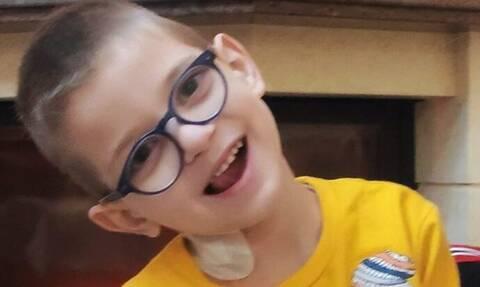 Κρήτη: Η συγκλονιστική ιστορία του παιδιού που διαγνώστηκε με όγκο στο μάτι – Μπορείτε να βοηθήσετε;