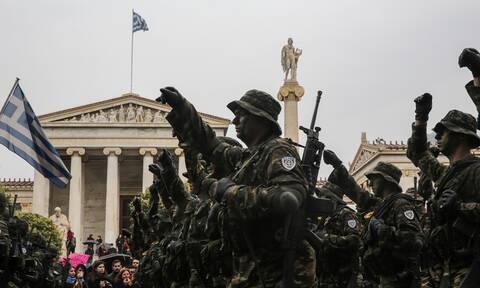 Στρατιωτική παρέλαση 25ης Μαρτίου: Θα γίνει στο Σύνταγμα - Περιμένουμε Πούτιν, Μακρόν και Κάρολο