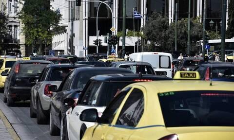 Κίνηση ΤΩΡΑ: «Κόλαση» στους δρόμους της Αθήνας - Δείτε που εντοπίζονται προβλήματα