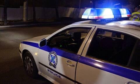 Εμπρηστικές επιθέσεις: Πυρπόλησαν αυτοκίνητα σε Πατήσια και Γέρακα