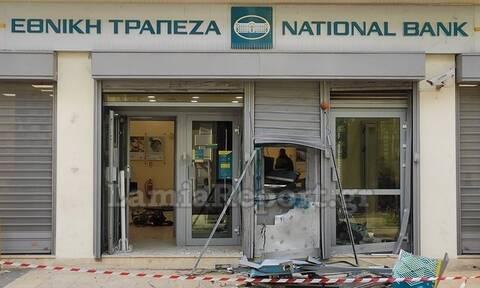 Φθιώτιδα: «Στο πόδι» η Αταλάντη - Ανατίναξαν ΑΤΜ, ζημιές σε κοντινά καταστήματα (pics)