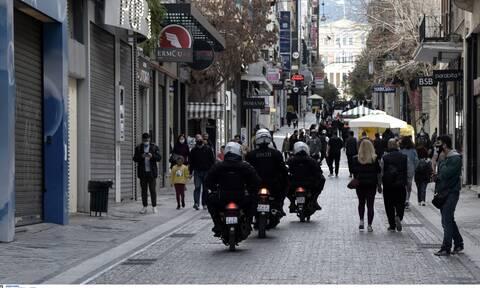 Γεωργιάδης: Δεν αποκλείεται ολικό lockdown τύπου Μαρτίου - Ζητήσαμε «κόφτη» στα SMS