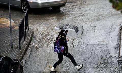 Καιρός: Έρχονται καταιγίδες και θυελλώδεις άνεμοι - Ποιες περιοχές θα «χτυπήσει» η κακοκαιρία