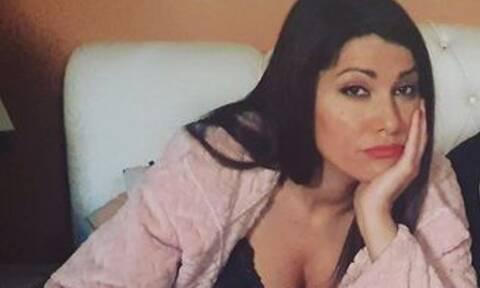 Κλέλια Ρένεση: Αγκαλιές με την κόρη της Κοραλία