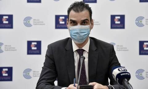 Θεμιστοκλέους: 1.000 προσλήψεις και ακόμα 300 εμβολιαστικά κέντρα τον Φεβρουάριο
