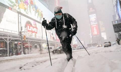 Δείτε LIVE: Τρομερός χιονιάς στις ΗΠΑ – Σε κατάσταση έκτακτης ανάγκης η Νέα Υόρκη