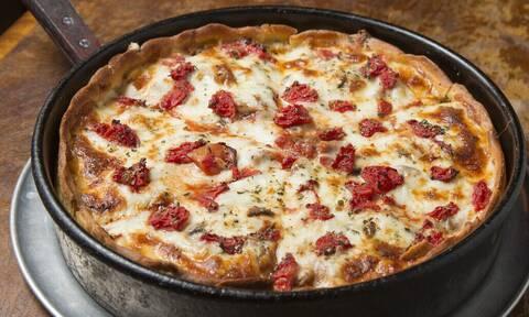 Όχι άλλο ντελίβερι. Αυτή την πίτσα-όνειρο μπορείς να τη φτιάξεις μόνος!