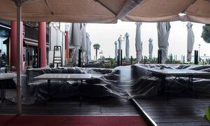 В Греции ужесточились правила получения заказов в кафе и ресторанах