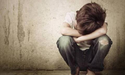 Σοκ σε σχολείο της Αθήνας: Καθηγήτρια αποπλάνησε 13χρονο μαθητή της -Πώς το αποκάλυψαν οι γονείς του