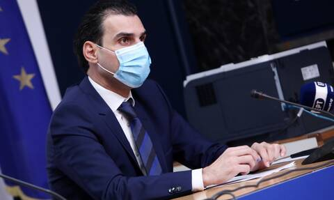 Kορονοϊός - Θεμιστοκλέους: Δεν μπορεί κάποιος να διαλέξει το εμβόλιο που θα κάνει