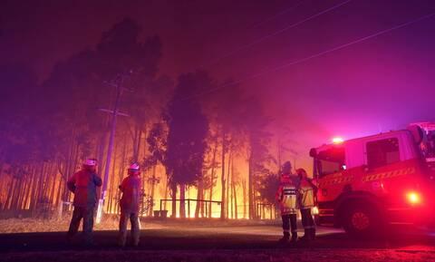 Κόλαση φωτιάς στην Αυστραλία: 71 σπίτια κάηκαν κοντά στο Περθ