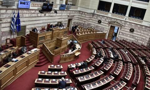 Στη Βουλή δικογραφίες για Νίκο Παππά και σκάνδαλο Folli-Follie
