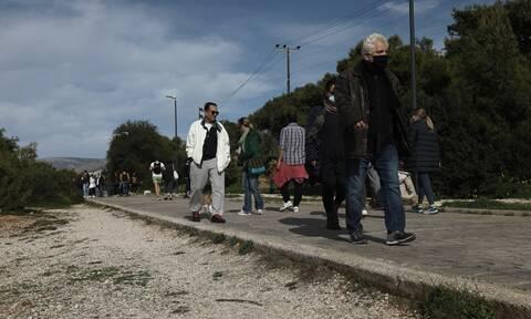 Lockdown - Γώγος: Το καθολικό κλείσιμο στο τραπέζι, δεν αποκλείω τίποτα για τα σχολεία στην Αττική