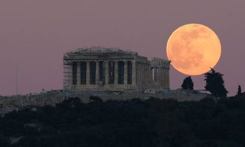Κορονοϊός: «Φλέγεται» το κέντρο της Αθήνας – Πού εντοπίστηκαν τα 612 κρούσματα της Αττικής