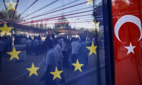 Αυστηρό μήνυμα ΕΕ προς Τουρκία: «Να σεβαστεί τις εθνικές και διεθνείς υποχρεώσεις»