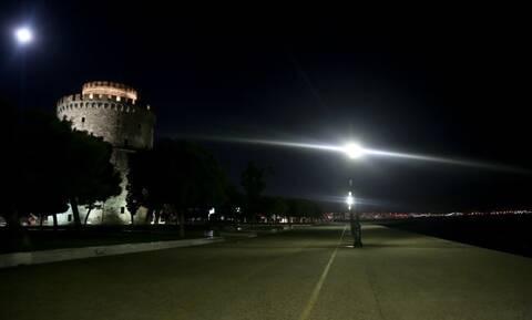 Lockdown: Γιατί μπήκε στις «κόκκινες» περιοχές η Θεσσαλονίκη – Τα πιθανά μέτρα για Αττική