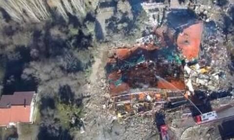 Καστοριά: Τι εξετάζουν οι Αρχές για την ισοπέδωση του ξενοδοχείου - Απίστευτες εικόνες από από ψηλά