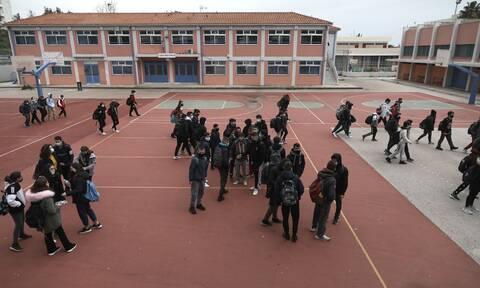 Κορονοϊός: Εκτόξευση των κρουσμάτων στα παιδιά  - 560 νέα μέσα σε μια εβδομάδα