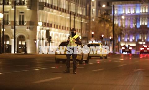 Lockdown: Ερήμωσαν Αττική και Θεσσαλονίκη - Σε ισχύ η απαγόρευση κυκλοφορίας, αυστηροί έλεγχοι