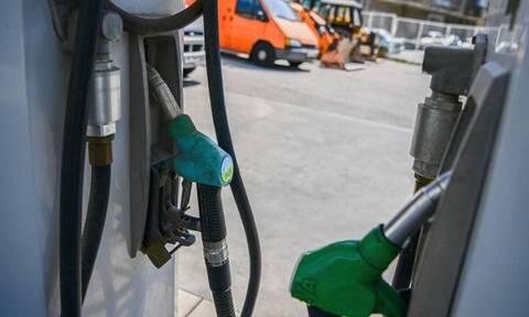 Βενζινοπώλες: Με χρησμούς δεν λειτουργεί η αγορά