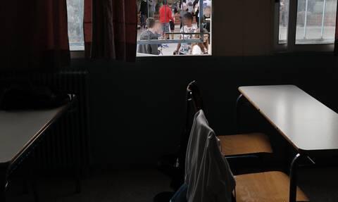 Σχολεία - Μακρή: Δεν υπάρχει εισήγηση για κλείσιμο σε όλη την Ελλάδα