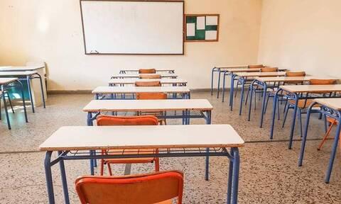 Κορονοϊός: Ανησυχία στα Ανώγεια - Αναστέλλει τη λειτουργία του το Γυμνάσιο Ανωγείων