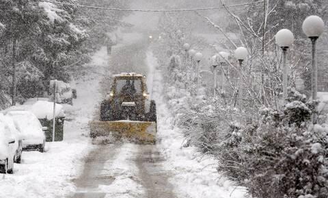 Έκτακτο δελτίο επικίνδυνων καιρικών φαινομένων: Χιόνια, θυελλώδεις άνεμοι και τσουχτερό κρύο