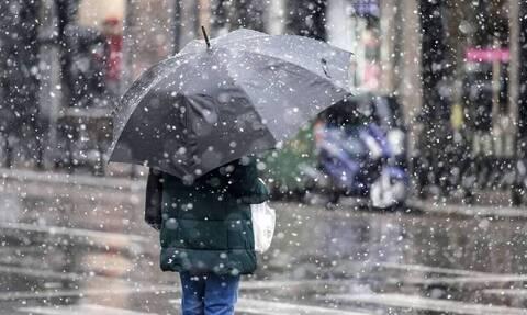 Καιρός: «Άνοιξαν οι ουρανοί» στην Αττική - Δείτε πού βρέχει τώρα