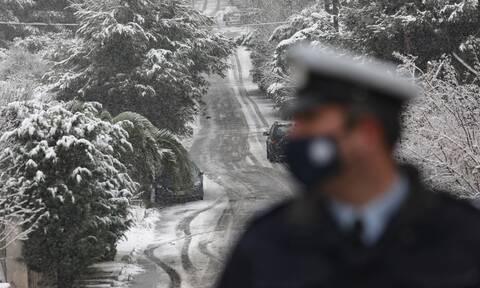 Καιρός: Πολικές θερμοκρασίες, χιόνια και στην Αττική - Πώς θα κινηθεί η κακοκαιρία τις επόμενες ώρες