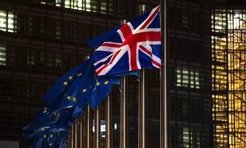 Ποιες χώρες μετατρέπονται σε χρηματιστηριακά κέντρα μετά το Brexit