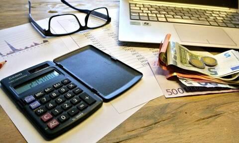ΕΦΚΑ: Παράταση στις ασφαλιστικές εισφορές για επιχειρήσεις και ελεύθερους επαγγελματίες
